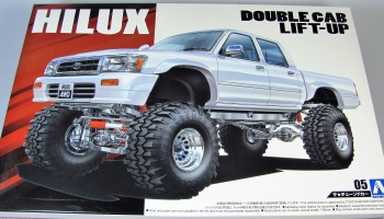 Toyota Hilux Double Cab Lift-Up - Aoshima