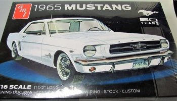 Ford Mustang 1965 - AMT