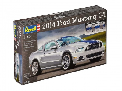 Ford Mustang GT 2014 - Revell