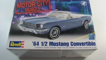 Mustang Convertible 64 - Revell