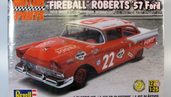 Ford Fireball Race Car - Revell