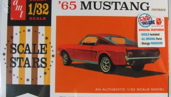 Ford Mustang Fastback 1965 - AMT
