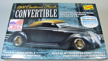 Ford Custom Convertible - Lindberg