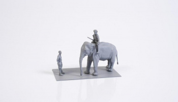 1/72 WWII RAF Mechanic in India + Elephant with Ma