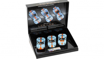 Ford GT40 1968 – Gulf Triple Pack (1:32) - Limited Edition SCALEXTRIC C3896A