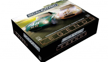 Legends Jaguar E-type 1963 International Trophy Twin Pack (1:32) - Limited Edition SCALEXTRIC C3898A