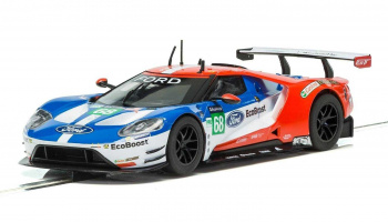 Ford GT GTE Le Mans 2017 No.68 (1:32) GT SCALEXTRIC C3857