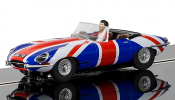 Jaguar E-Type Union Jack (1:32) Street SCALEXTRIC C3878