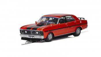 Ford XY Road Car - Candy Apple Red (1:32) Street SCALEXTRIC C3937