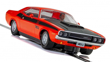 Autíčko Street SCALEXTRIC C4065 - Dodge Challenger T/A - Red and Black (1:32)