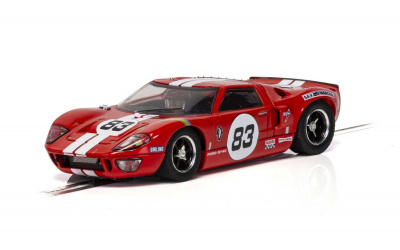 Autíčko GT SCALEXTRIC C4152 - Ford GT40 - Red No.83 (1:32)