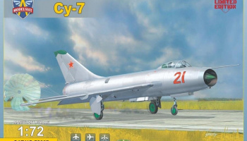 1/72 Sukhoi Su-7 Soviet fighter