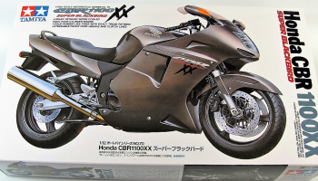 Honda CBR 1100XX (1:12) Model Kit - Tamiya