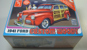 Ford Woody 1941 - AMT