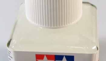 Liquid Primer White 40ml - Tamiya