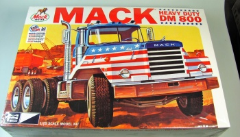 Mack Heavy Duty DM800 - MPC