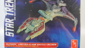 Star Trek Klingon Class Battle Cruiser - AMT