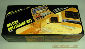 Deluxe Dollhouse Set - MAXX