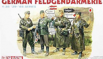 Model Kit figurky 6061 - GERMAN FELDGENDARMERIE (1:35)