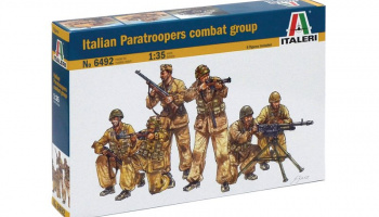 Model Kit figurky 6492 - Italian Paratroopers combact group (1:35)