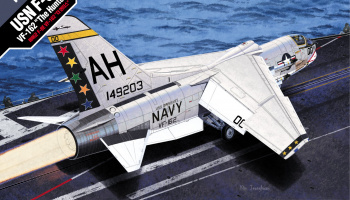 "Model Kit letadlo 12521 - USN F-8E VF-162 ""The Hunters"" (1:72)"