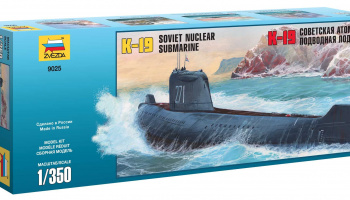 "Model Kit ponorka 9025 - K-19 Soviet Nuclear Submarine ""Hotel"" Class (1:350)"