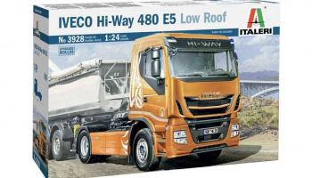 IVECO HI-WAY 490 E5 (Low Roof) (1:24) Model Kit Truck 3928 - Italeri