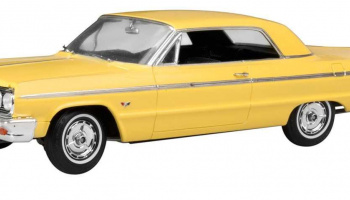 Chevy Impala SS 1964 (1:25) Plastic Model Kit MONOGRAM 4487 - Revell