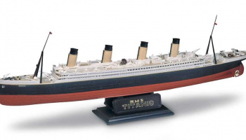 RMS Titanic  (1:570) Plastic Model Kit MONOGRAM 0445 -  Revell