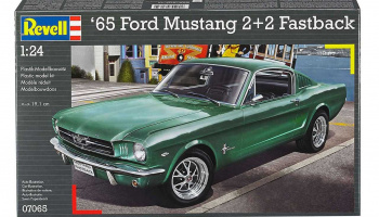 1965 Ford Mustang 2+2 Fastback (1:25) Plastic Model Kit 07065 - Revell