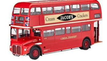 LONDON BUS (1:24) Plastic Model Kit 07651 - Revell