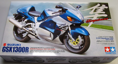 Suzuki Hayabusa 1300 (1:12) Model Kit - Tamiya