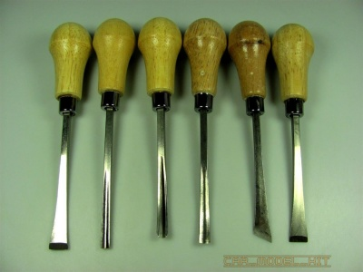 Wooden Handle Carving Set - MAXX